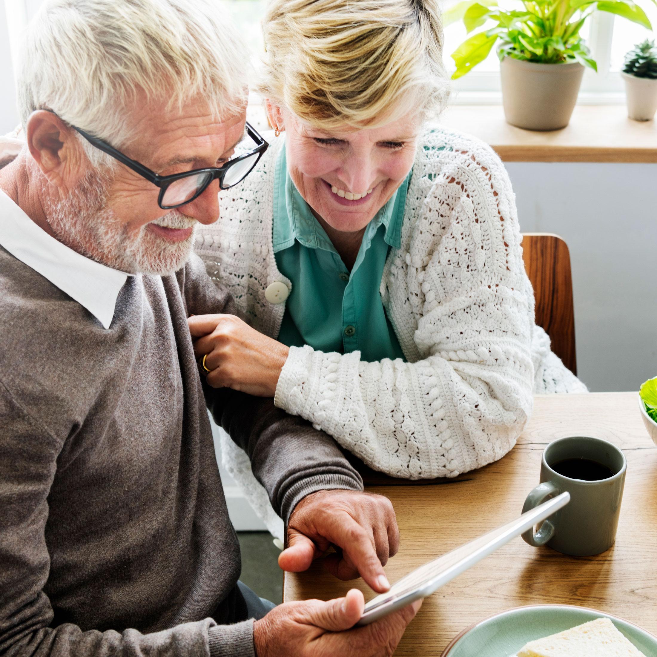 senior-pensionary-husband-wife-couple-living-conce-PKSPYCD